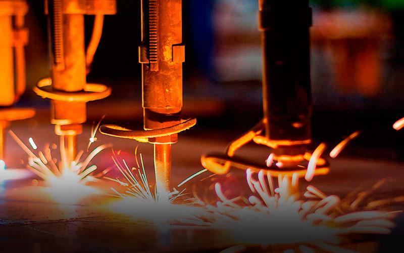 Recharging by welding worn parts
